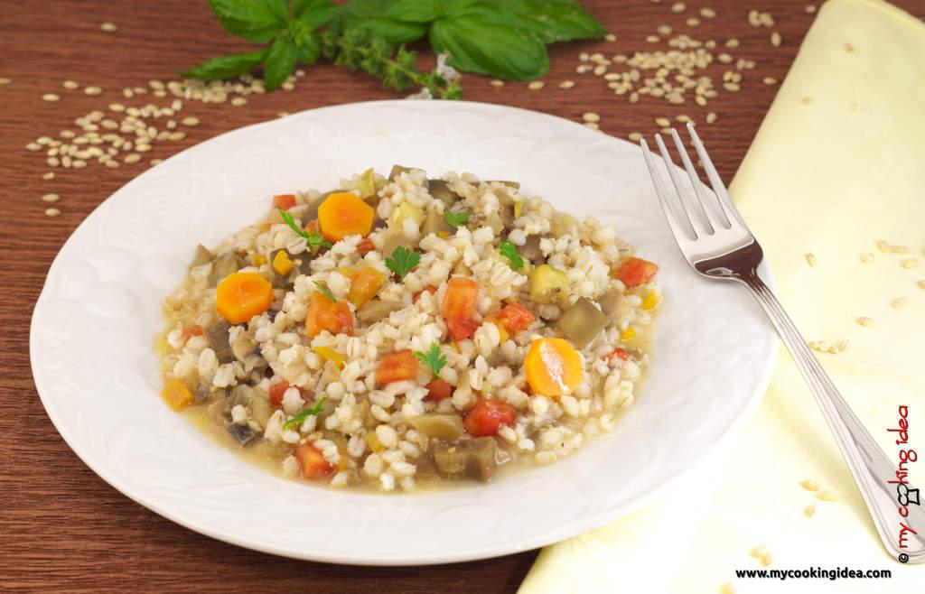 Orzotto con porcini e zucchine, ricetta cereali