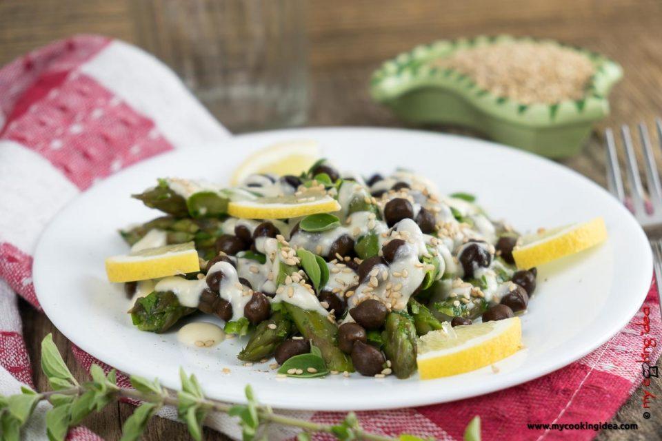 Insalata di ceci neri e asparagi | Ricette con i legumi