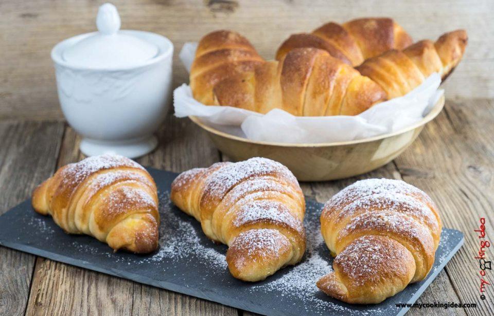 Cornetti brioche soffici | dolci colazione