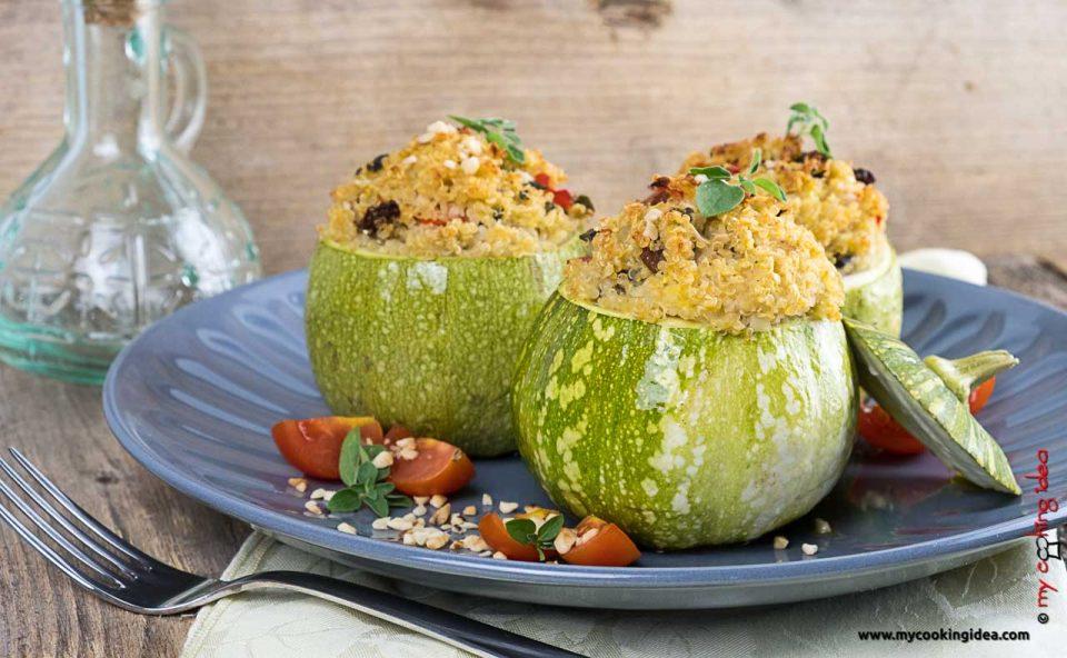 Zucchine ripiene di quinoa | Ricetta vegana