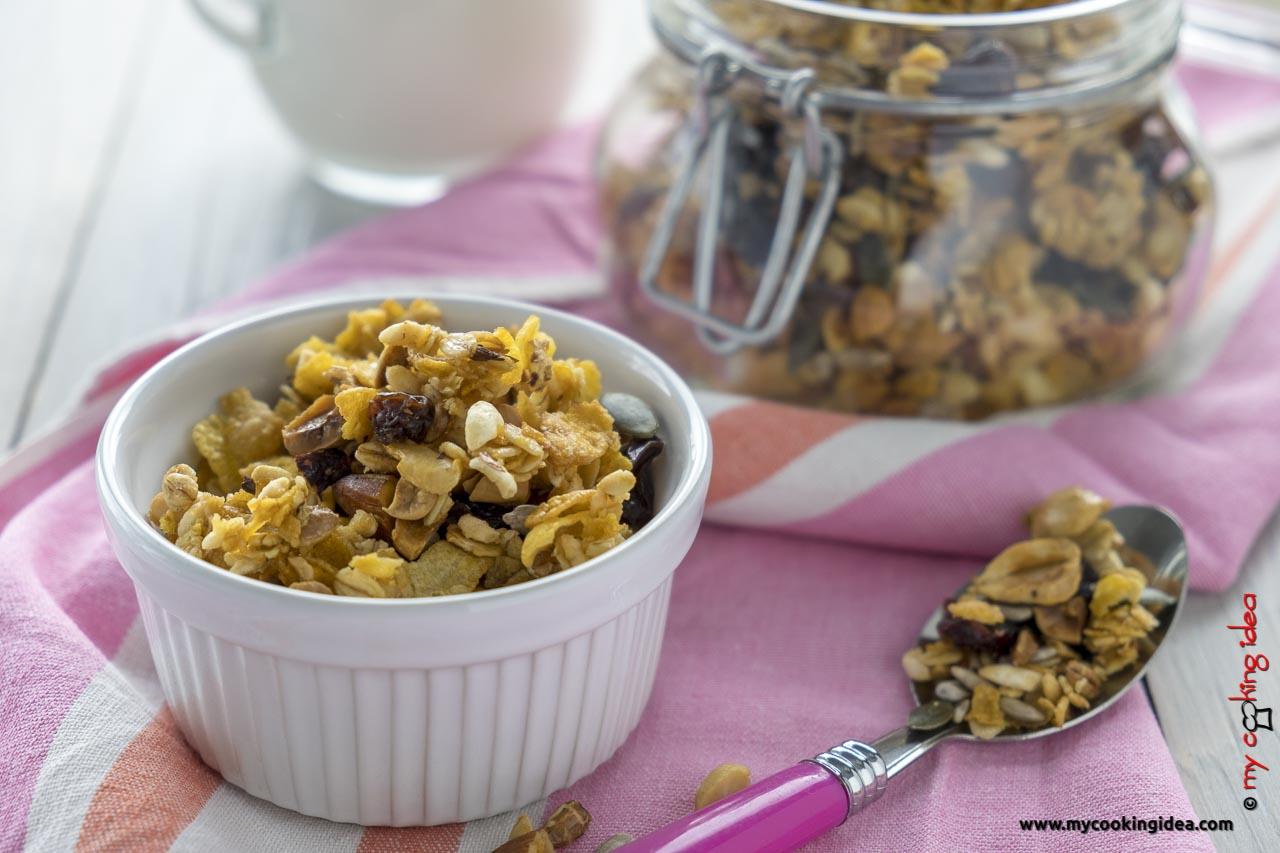 Muesli fatto in casa | Ricetta per la colazione