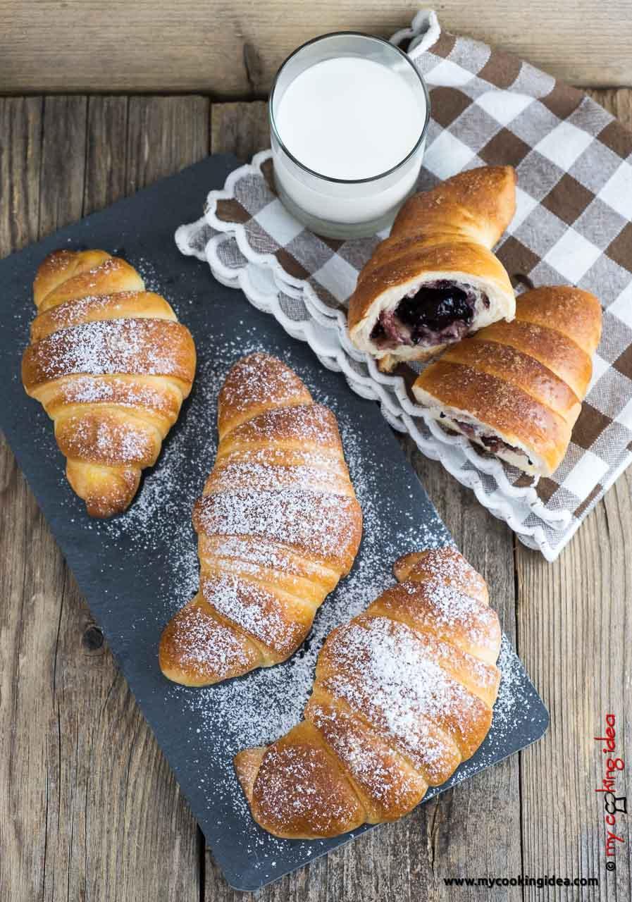 Cornetti brioche per la colazione | Ricette dolci